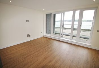 Thumbnail 1 bedroom flat to rent in Riverside Drive, Dundee