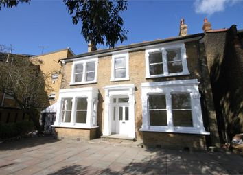 Thumbnail Room to rent in New Wanstead, London