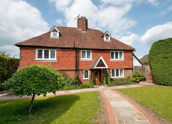 Thumbnail 5 bed farmhouse for sale in Stunning Grade II Listed Home, Opposite Moat Park, Maidstone