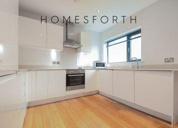 4 bed flat to rent in Boleyn Road, Stoke Newington N16