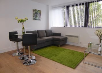 1 bed flat to rent in Hanover House, 202 Kings Road, Reading RG1