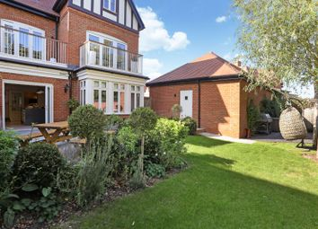 Laychequers Meadow, Taplow, Maidenhead, Berkshire SL6. 5 bed semi-detached house for sale