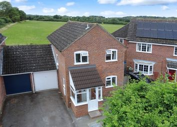 Thumbnail 3 bed detached house for sale in Craven Road, Newbury