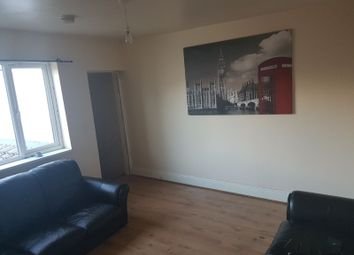 Thumbnail 2 bed flat to rent in Halesowen Road, Cradley Heath