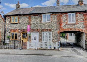 Thumbnail 2 bed cottage for sale in Station Road, Chinnor