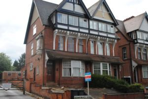 Thumbnail 1 bed flat to rent in Stoneygate Road, Leicester