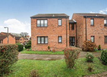 Thumbnail 1 bed flat for sale in Peakes Croft, Bawtry, Doncaster