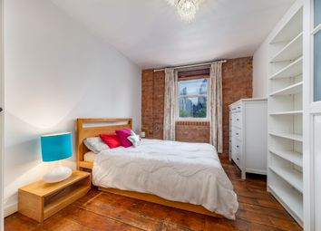 Thumbnail 1 bed flat to rent in Commercial Street, Aldgate, London