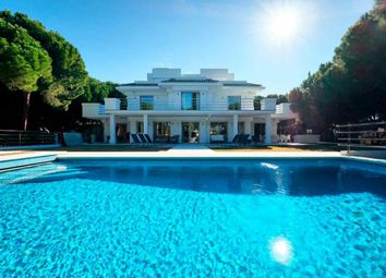 Thumbnail 5 bed villa for sale in Marbella Este, Marbella, Spain