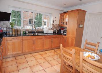 Thumbnail Room to rent in Corneville Road, Drayton, Abingdon