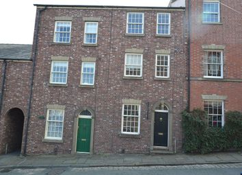 4 bed terraced house to rent in Chapel Street, Macclesfield, Cheshire SK11