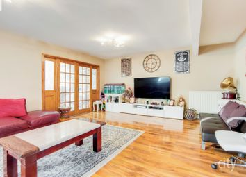Thumbnail Town house for sale in Manor Road, Chadwell Heath