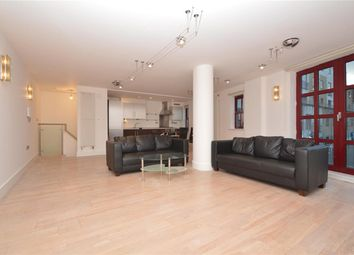 Thumbnail 3 bed maisonette to rent in Quaker Street, London