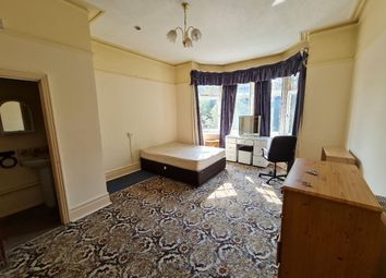 Room to rent in Wimborne Road, Bournemouth BH3