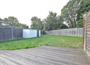 2 bed maisonette to rent in Peninsular Close, Feltham TW14
