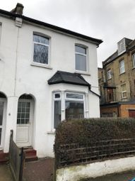 3 bed end terrace house to rent in Palace Road, London N11