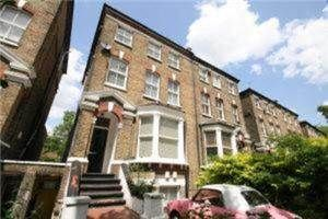 Thumbnail 2 bed flat to rent in Hartham Road, Caledonian Road