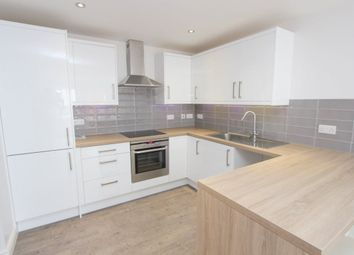 Thumbnail 2 bed flat to rent in Lake Street, Leighton Buzzard