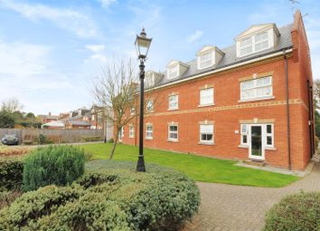 1 bed property to rent in Victoria Mews St. Judes Road, Englefield Green, Egham TW20