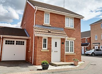Thumbnail 4 bedroom detached house for sale in Halecroft Park, Kingswood, Hull