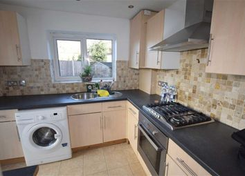 Thumbnail 2 bed flat to rent in Dollis Road, Mill Hill, London