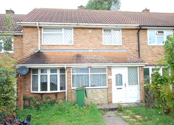3 bed terraced house for sale in Claydon Crescent, Basildon, Essex SS14