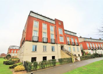 2 bed flat to rent in Mosquito Way, Hatfield AL10