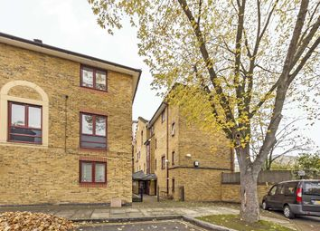Thumbnail 3 bed flat to rent in Swain Street, London