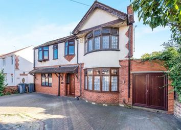 4 bed detached house for sale in Fountains Road, Luton, Bedfordshire, England LU3