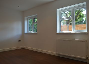 Thumbnail 3 bed duplex to rent in Hopton Road, London