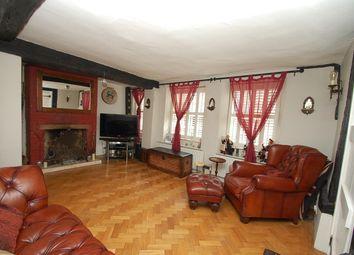 High Street, Chalfont St. Peter SL9. 3 bed cottage for sale