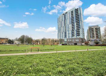 Thumbnail 2 bedroom flat to rent in Cotterells, Hemel Hempstead