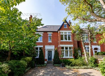 Mount Park Road, Ealing W5. 6 bed terraced house