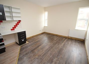Thumbnail 1 bedroom flat to rent in Wantage Road, Reading
