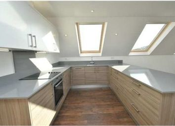 Thumbnail 2 bed flat to rent in Market Place, London