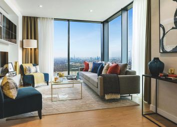 Thumbnail 1 bedroom flat for sale in South Quay Plaza, Canary Wharf