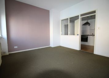 Thumbnail 2 bed flat to rent in High Street West, Newcastle Upon Tyne