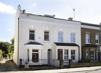 Thumbnail 3 bed town house for sale in Dyers Lane, Putney