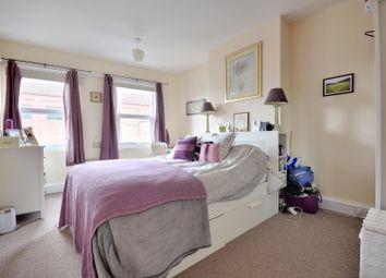 Thumbnail 2 bedroom flat to rent in High Street, Uxbridge, Middlesex