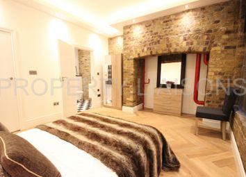 2 bed property for sale in Telfords Yard, Wapping E1W