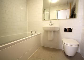 Thumbnail 1 bedroom flat to rent in Green Lanes, Stoke Newington