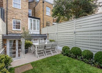 Thumbnail 5 bed terraced house to rent in Queensdale Place, London