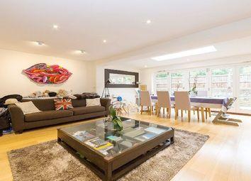 Thumbnail 2 bedroom flat to rent in Fairhazel Gardens, London