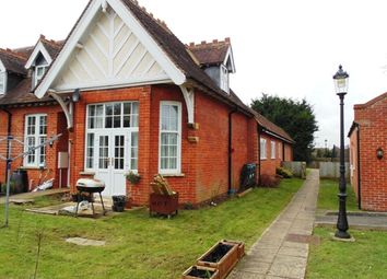 Thumbnail 2 bedroom flat for sale in Coxwell Road, Faringdon
