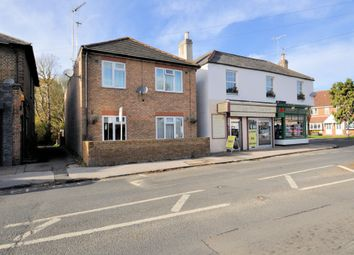 1 bed maisonette to rent in Staines Road, Wraysbury, Staines TW19