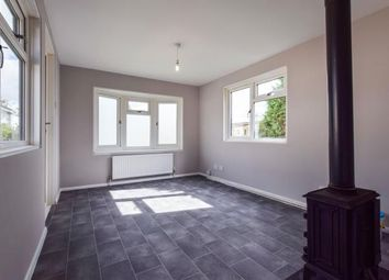 Thumbnail 1 bed mobile/park home for sale in Grosvenor Avenue, Kings Langley, Hertfordshire