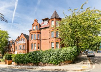 Thumbnail 3 bed flat for sale in Chesterford Gardens, Hampstead