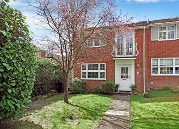 3 bed end terrace house for sale in Brooklyn Close, Woking GU22