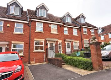 Thumbnail 3 bed town house for sale in Kingswood Heights, Kingswood