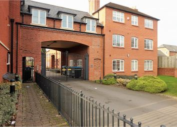 Thumbnail 2 bed flat for sale in Birmingham Road, Birmingham